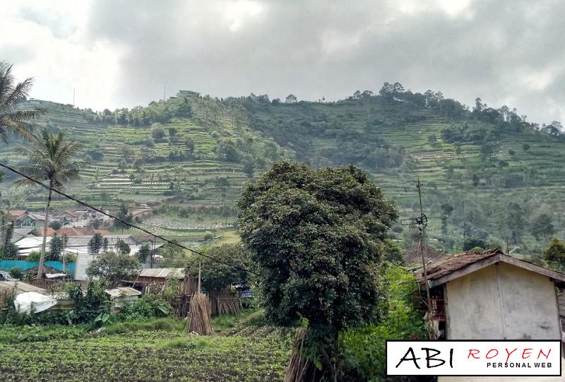 Tempat%2Bwisata%2Bdi%2BLembang%2BBandung%2BGunung%2BPutri%2BLembang%2BGeger%2BBintang%2BMatahari 26 Tempat Wisata di Lembang Bandung yang Paling Wajib Dikunjungi