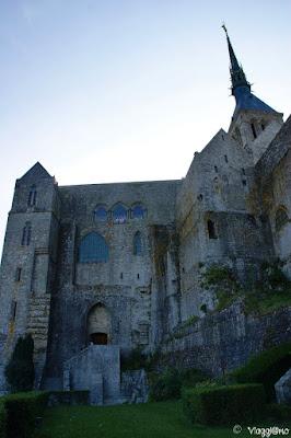 Parte della facciata del complesso dell'Abbazia di Saint Michel
