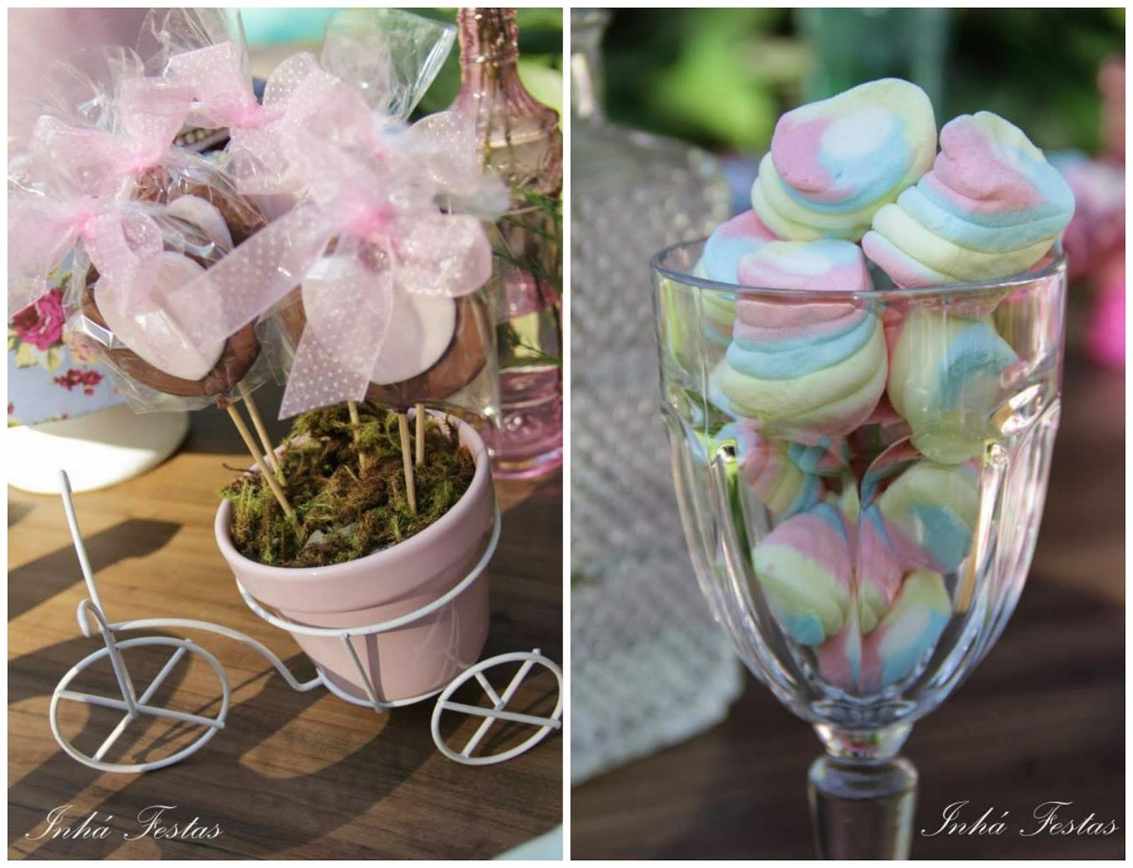festa-decoracao-romantica-mesa-bolo-guloseimas-1