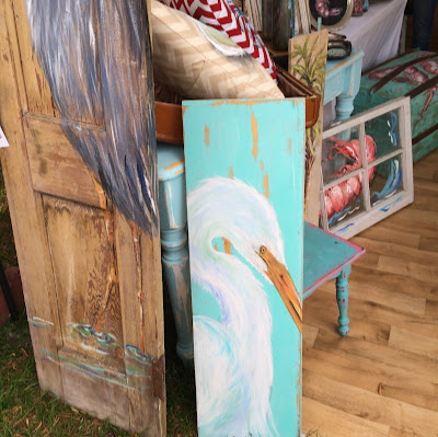 Painting on Reclaimed Wood - Summerville Flowertown Festival | The Lowcountry Lady