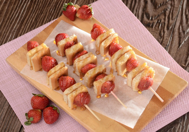 Pancake and Strawberries Recipe