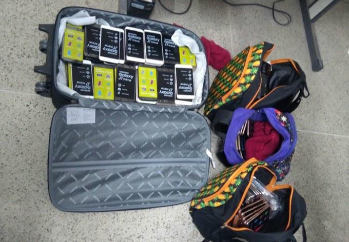Mulheres são presas após furtarem 400 celulares de loja de departamento em Fortaleza