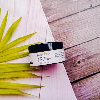 Gel moisturizer, illuminated, skin