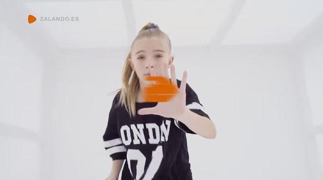 modella pubblicità zalando 2016