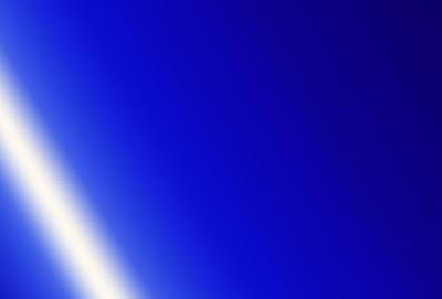 خلفية زرقاء فاتحة سادة للتصميم