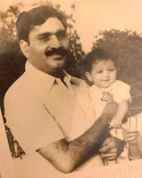 kavita kaushik childhood photos with here father