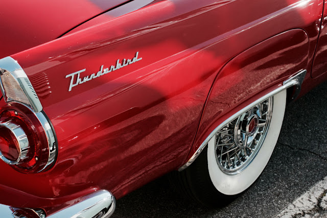 Ford Thunderbird 1950s American classic car