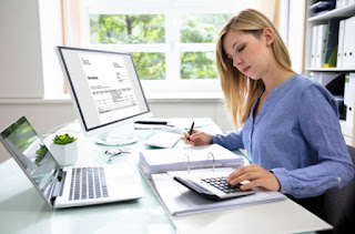 Image The Advantages in Having Tax Software on Your PC