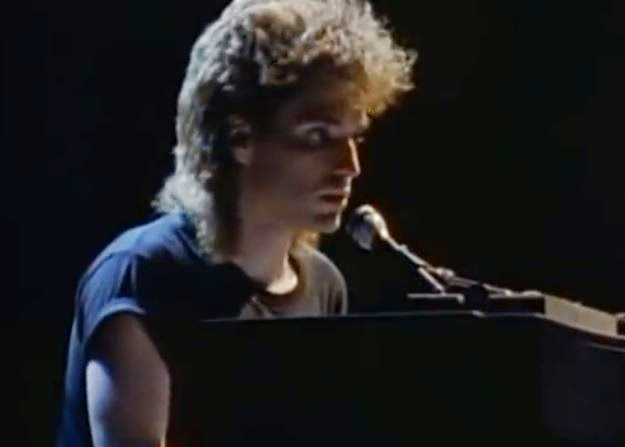 videos-musicales-de-los-80-richard-marx-hold-on-to-the-nights