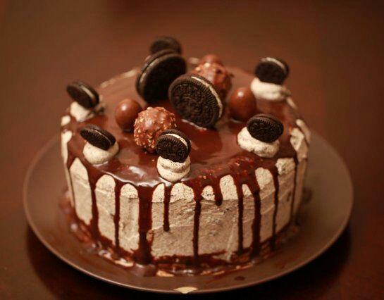 Eggless Chocolate Cake With Oreo Buttercream Frosting I Camp In My