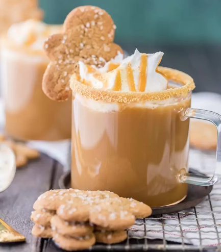SLOW COOKER GINGERBREAD LATTE #drink #healthydrink #hotchocolate #party #latte