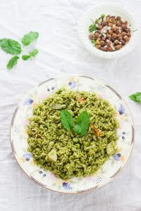How to make pudina rice or mint rice recipe on www.oneteaspoonoflife.com