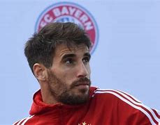 Javi Martinez future still unsure with midfielder yet to examine Bayern Munich contract augmentation