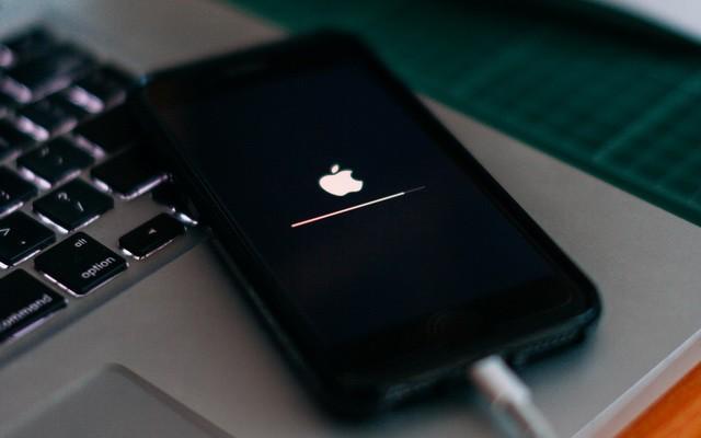 تأمين هاتف الايفون