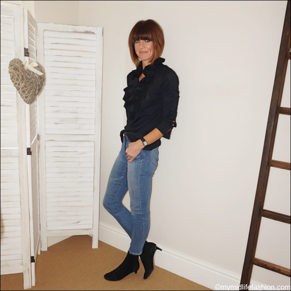 my midlife fashion, Ralph Lauren ruffle silk blouse, Gucci leather belt, j crew toothpick skinny. jeans, Isabel Marant goat ankle boots