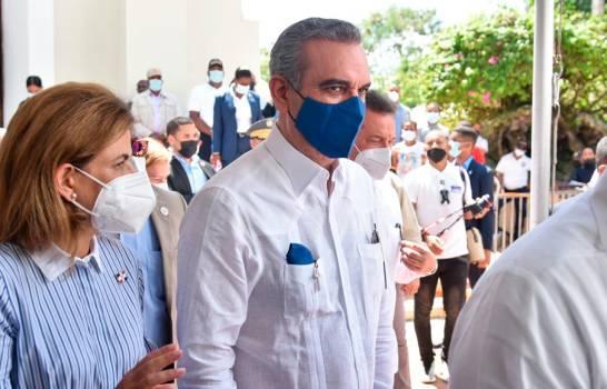 """""""Caiga quien caiga"""": Abinader le declara la guerra al crimen organizado"""