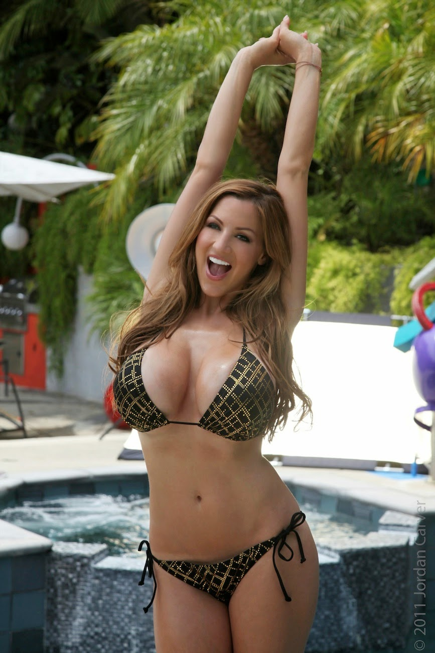 Jordan Carver Big Boobs In Tiny Bikini Strip Near Swimming -7374
