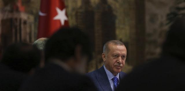 """Ερντογάν: """"Όπου υψώνεται η τουρκική σημαία δεν κατεβαίνει ποτέ"""""""