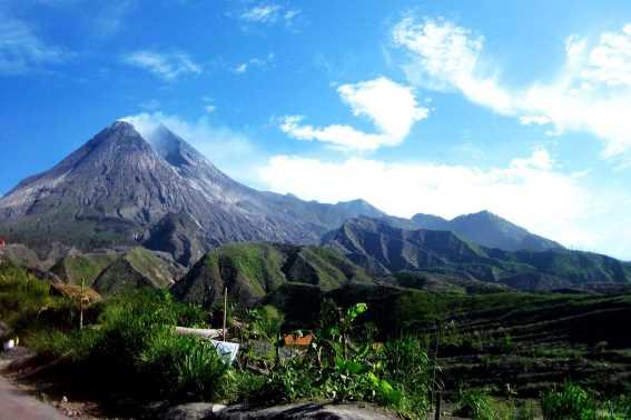 Wisata Jawa Tengah Gunung Merapi