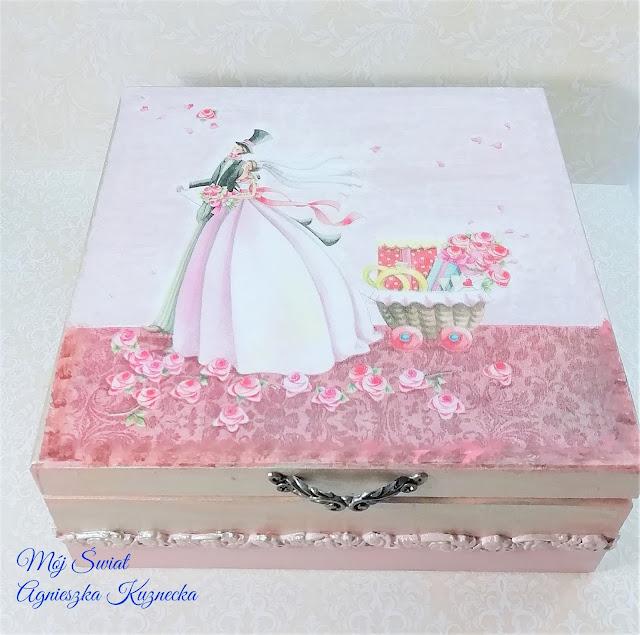 2136 – Ślubna szkatułka