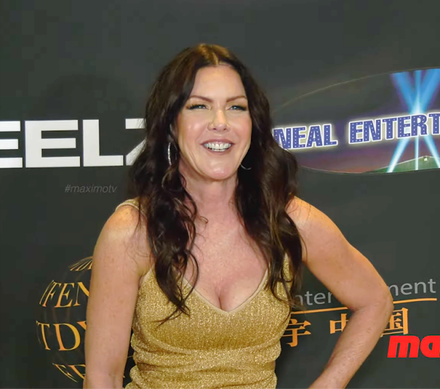 Kira Reed Lorsch Hot Photos At 24th Annual Family Film Awards Red Carpet Fashion Navel Queens