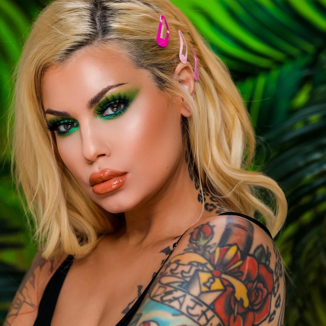 Maquiagem sombra neon verde