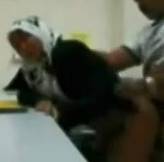 Ngentot cewek jilbab yang sange