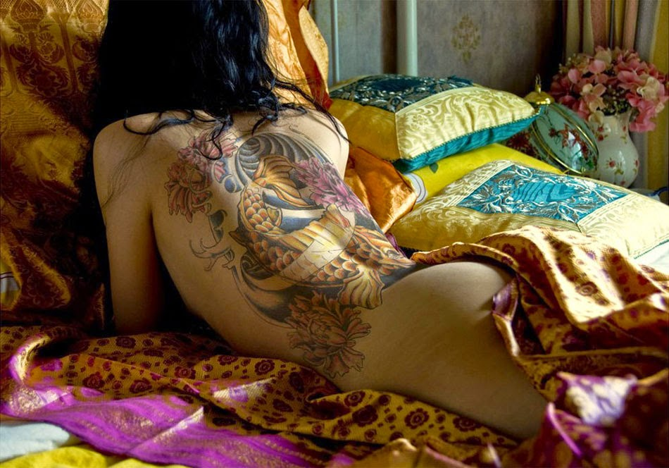 Hot Back Tattoo Girl Wallpaper