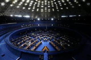 Por 16 a 9, reforma trabalhista é aprovada na CCJ do senado