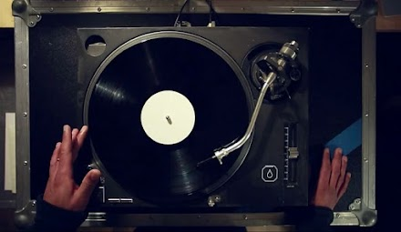 DENYO - DERBE VINYL TESTPRESSUNG ALBUM SNIPPET | VIDEO