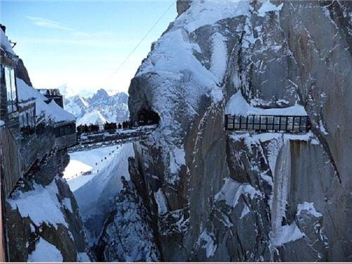 10 cây cầu treo sợ nhất thế giới 10