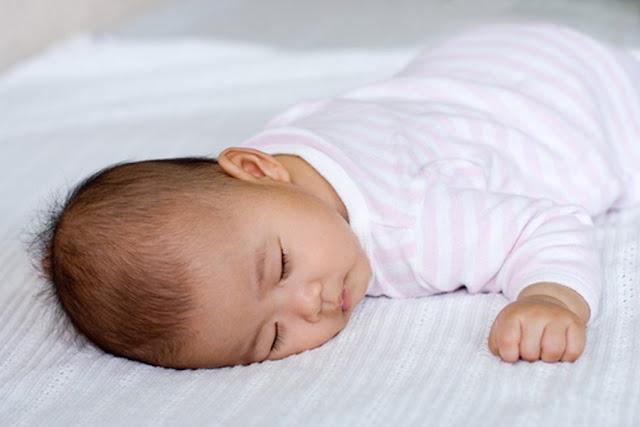 10 Bahaya Tidur dengan Posisi Tengkurap Bagi Kesehatan