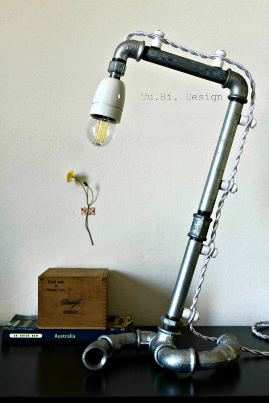 Paroladordine-leintervistecreative-tubidesign-lampada