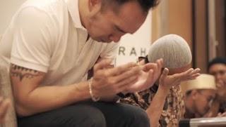 Felix Siauw : Cara Allah Mengajar Hamba-Nya (Bagian 1)