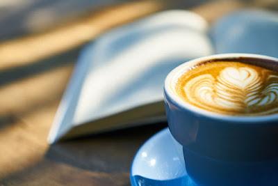 كتاب وكوب قهوة موقع فوائد
