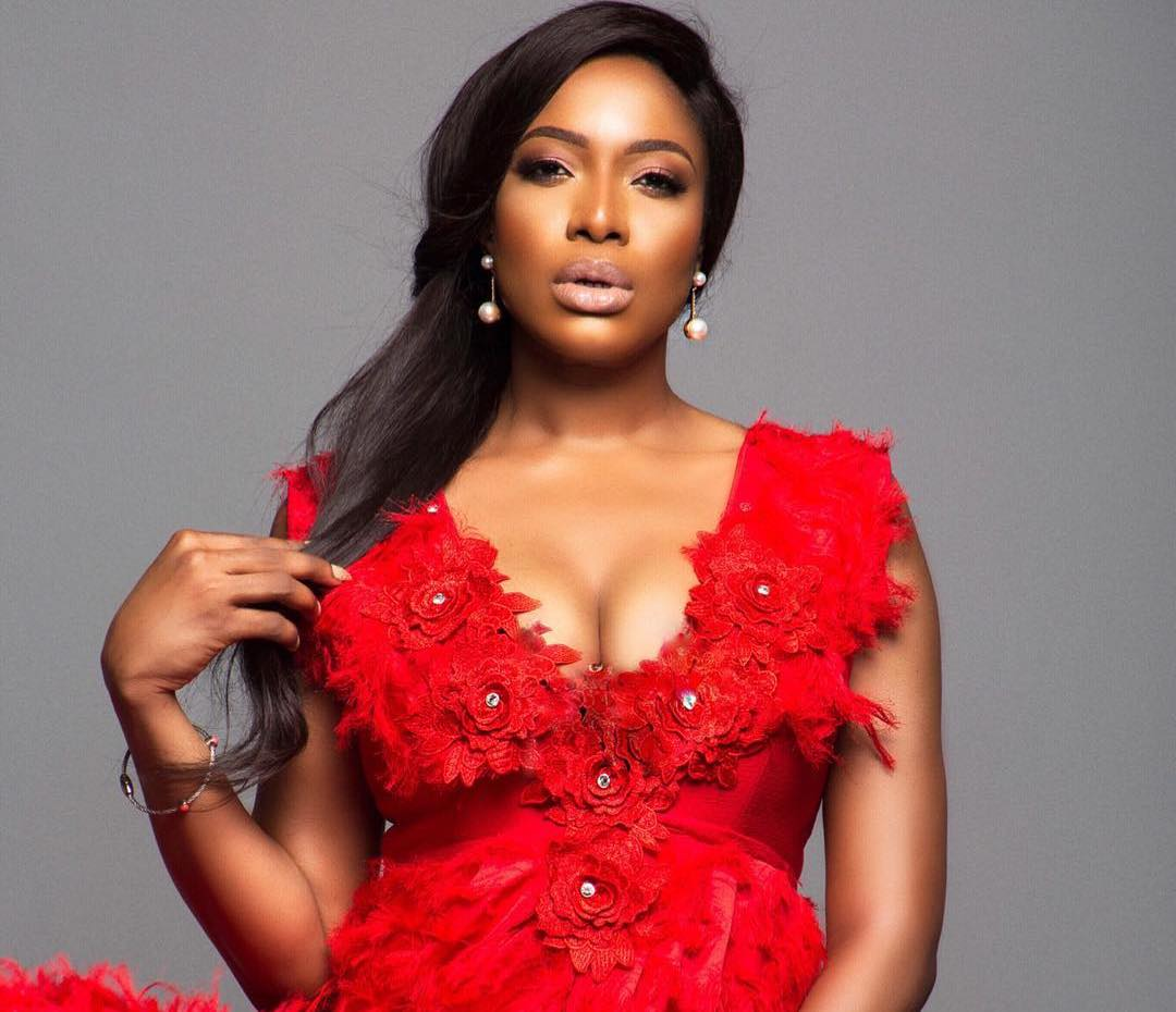 """Beauty Without Brain"" – Fan Blasts Chika Ike For Posting Only Photos On Social Media"