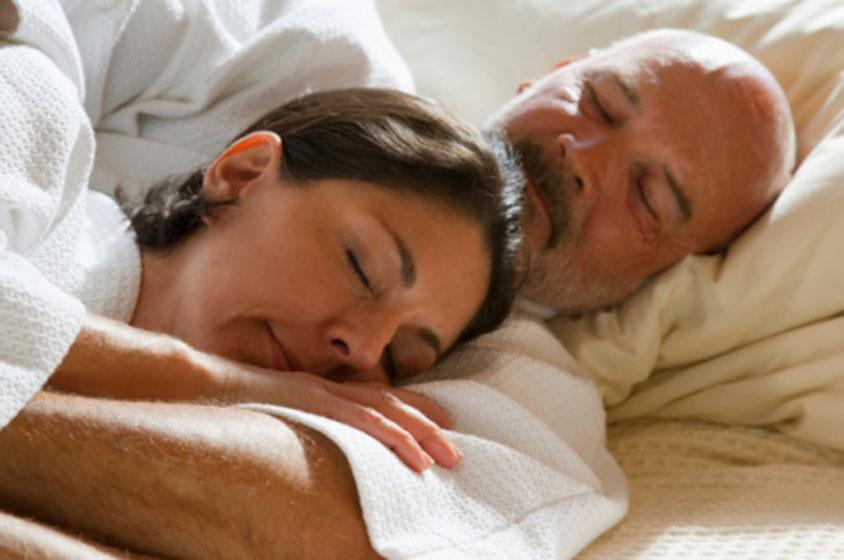 رائحة الرجل تخفف آلام الدورة الشهرية