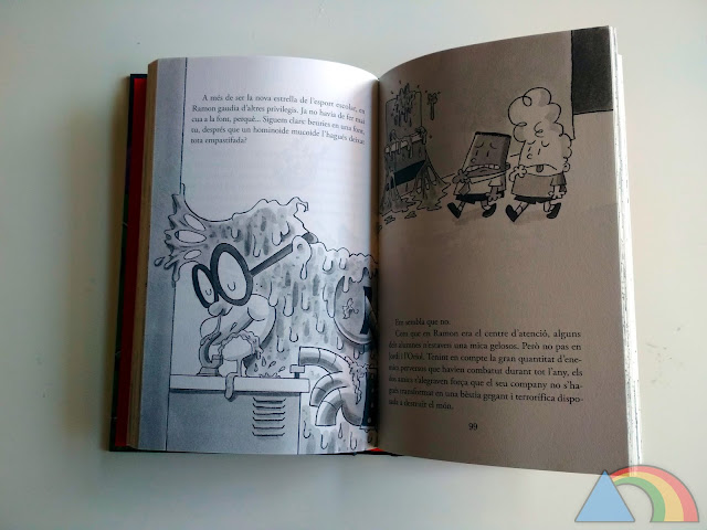 Interior de un libro de la colección El Capitán Calzoncillos