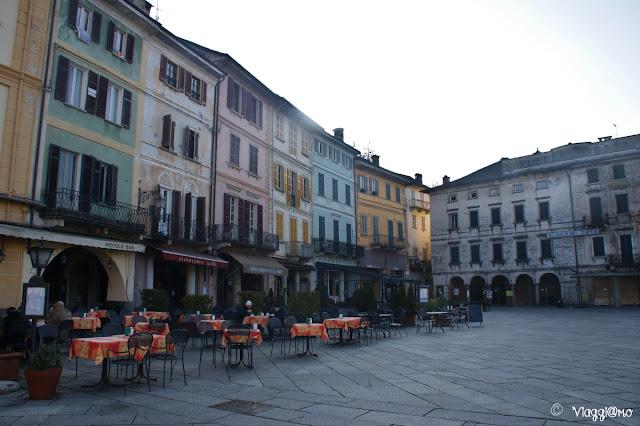 Piazza Motta la piazza principale di Orta San Giulia