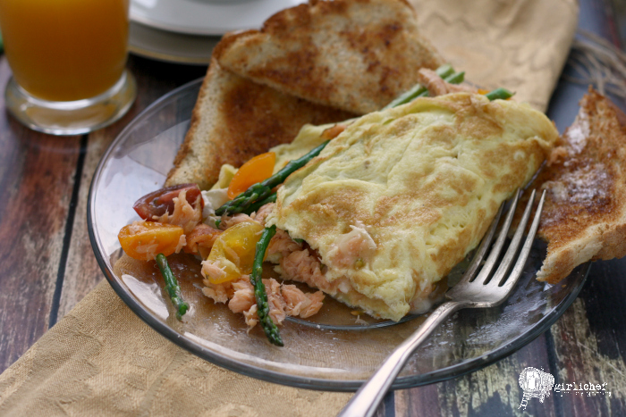 Asparagus, Brie and Smoked Salmon Omelet