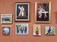 Belo quadros, incluindo o de Araras Azuis,de autoria de Maria Goret Chagas. Salão Brasil Beleza e Cores!!!