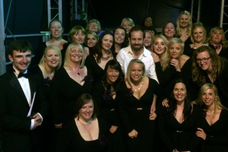 Military Wives Choir with Alfie Boe