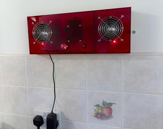 kitchenPi RaspberryPi internet radio acrylic CutMyPlastic