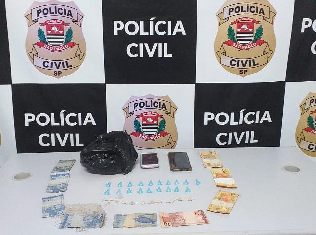 Polícia Civil prende duas mulheres que se associavam para prática do tráfico em Jacupiranga