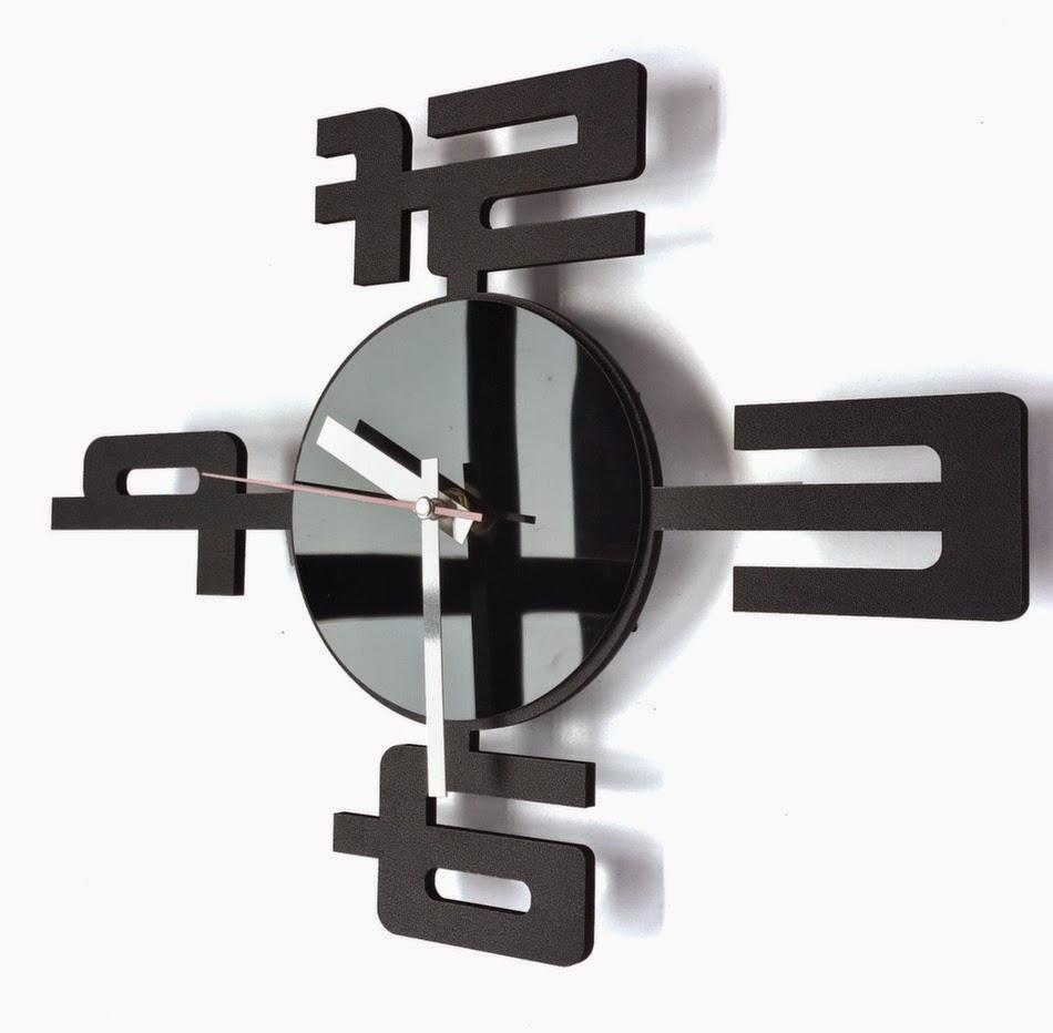 Jam Dinding Unik-004