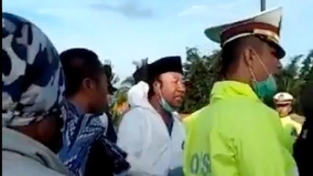 Warga Tolak Pemakaman Jenazah Corona, Bupati Banyumas Ngamuk: Saya Gali Sendiri..!!