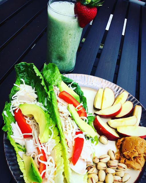 post partum meal plan, postpartum nutrition, postpartum weightless, sarah griffith, top beachbody coach, meal plans for nursing moms, shakeology while breastfeeding