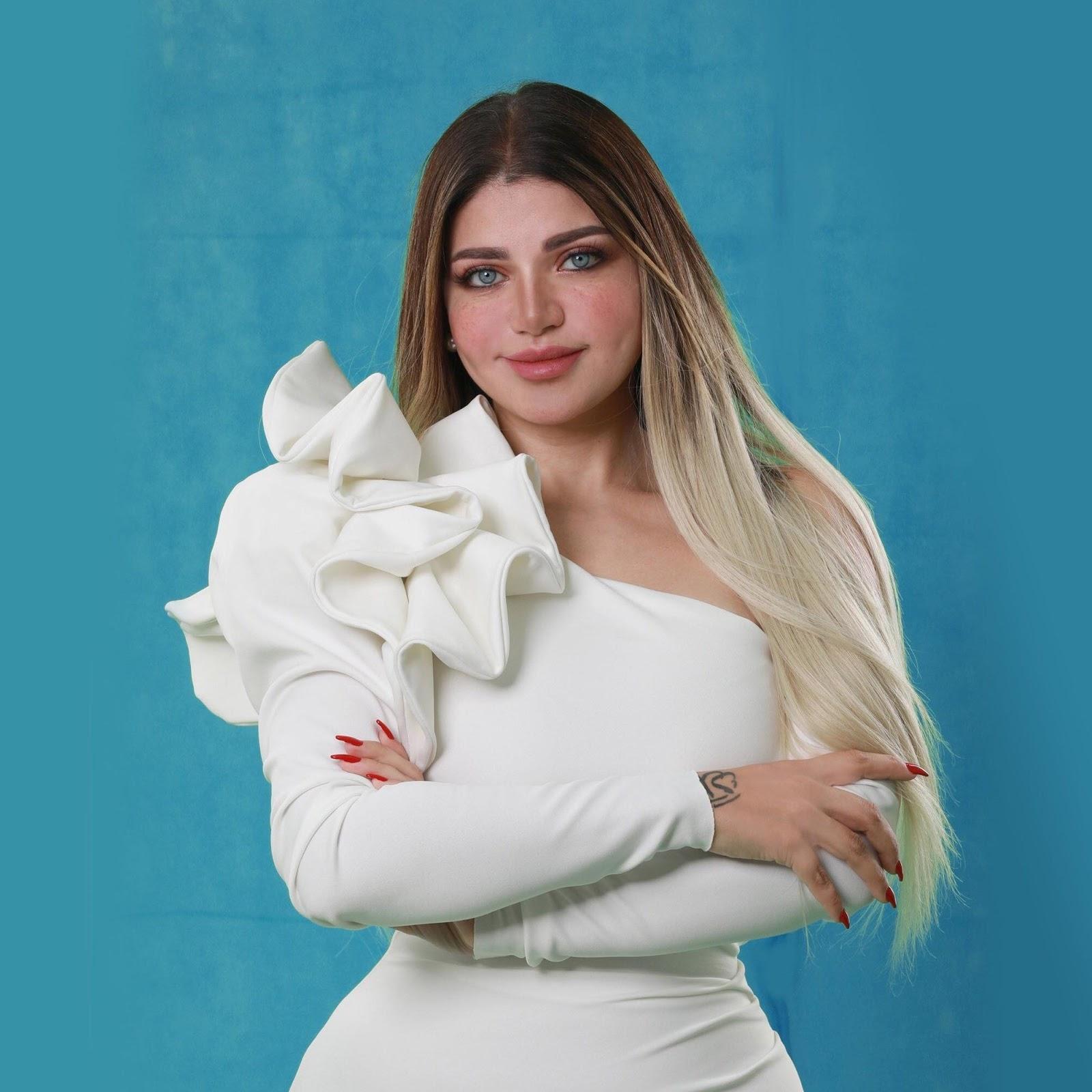 """ياسمين الخطيب توضح عدم مشاركتها في معرض """"في حب مصر"""" رغم وجود اسمها"""