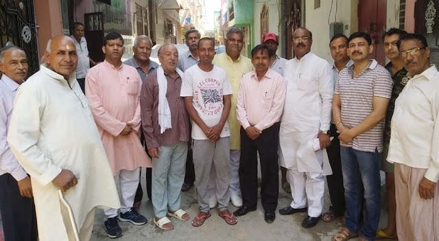 SGM Nagar local resident XEN Virendra met with disorder