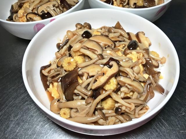 素食滑蛋百菇燴飯~素食家常菜、懶人料理
